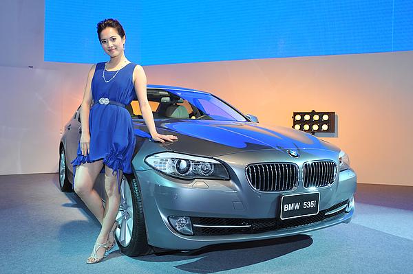 創新BMW 535i_1.JPG