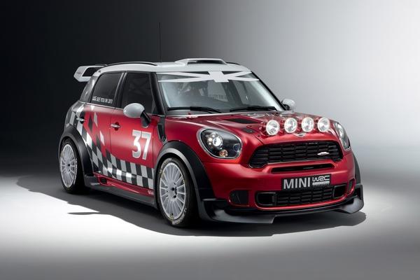 【新聞照片二】MINI Countryman WRC巴黎車展震撼豋場.jpg