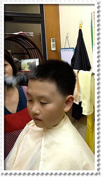 剃頭髮-小米剃第一次