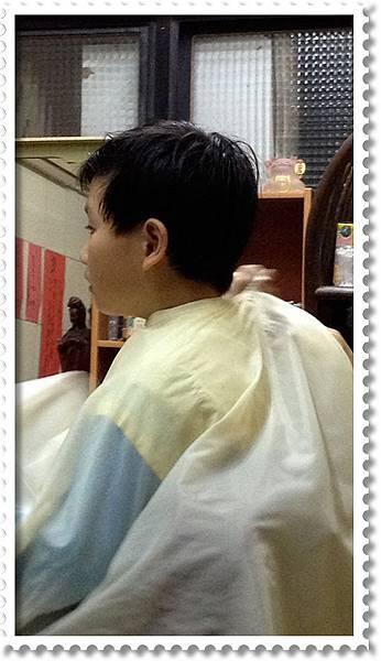 剃頭髮-小米原來的樣子