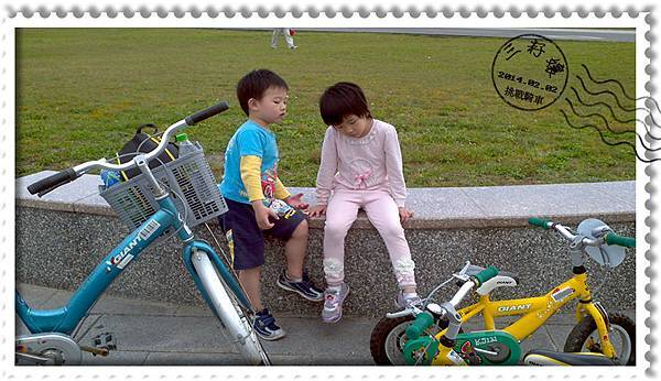河濱公園騎車-好累啊