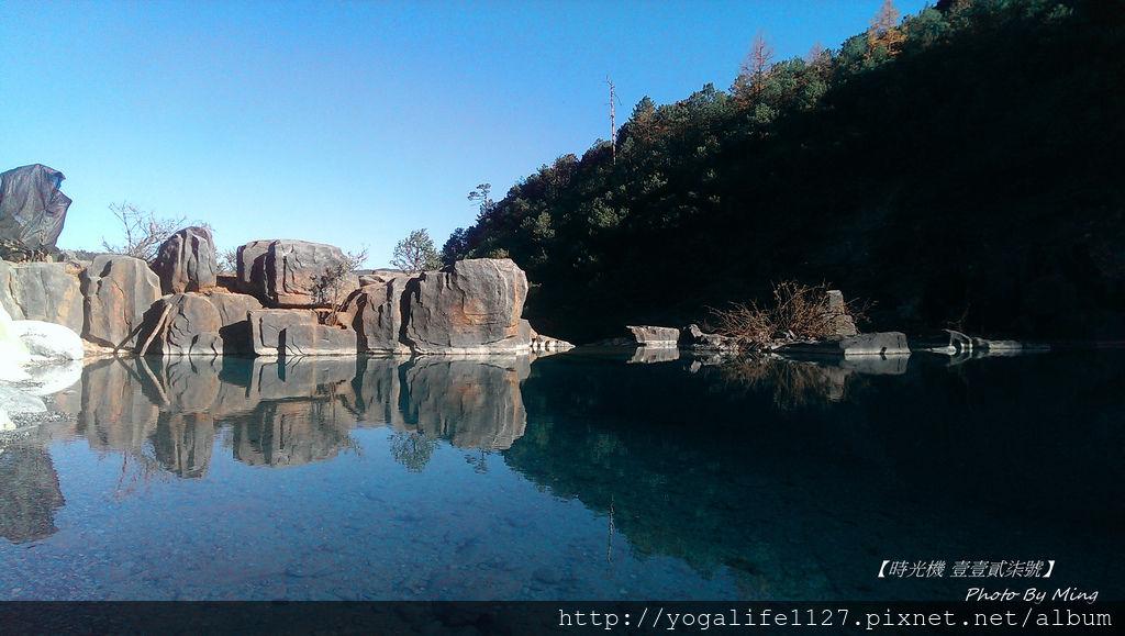 玉龍雪山-藍月湖2.jpg