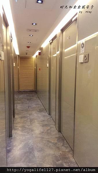 機艙旅館-i HOTEL-02.jpg