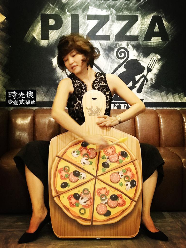 猴子披薩43.jpg