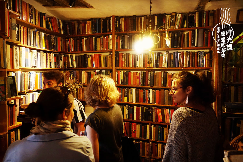 莎士比亞書店 (9).JPG