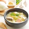 洋蔥豆腐鮭魚鍋.jpg