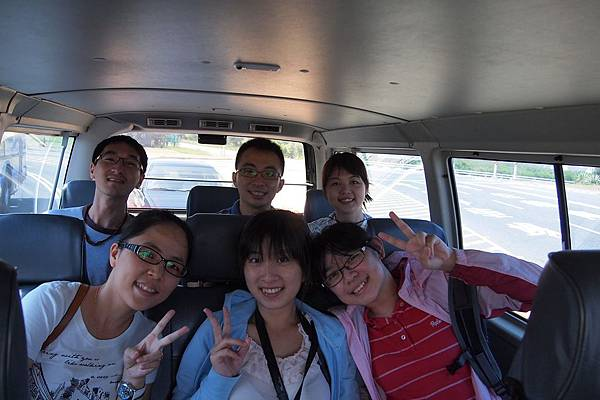 018. 搭乘日立飯店接駁車.JPG