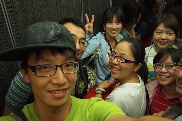 020. 電梯.JPG