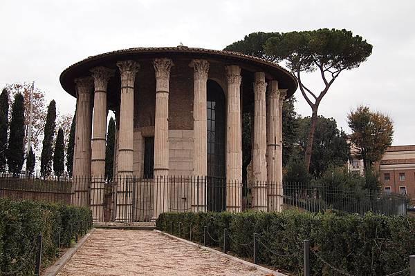 20121207-016. 大力士神廟(Tempio di Ercole Vincitore),羅馬共和時期所遺留最完善的神廟