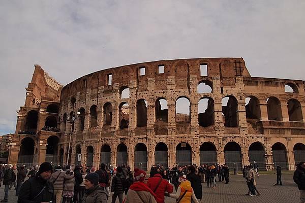 20121208-030. 羅馬競技場