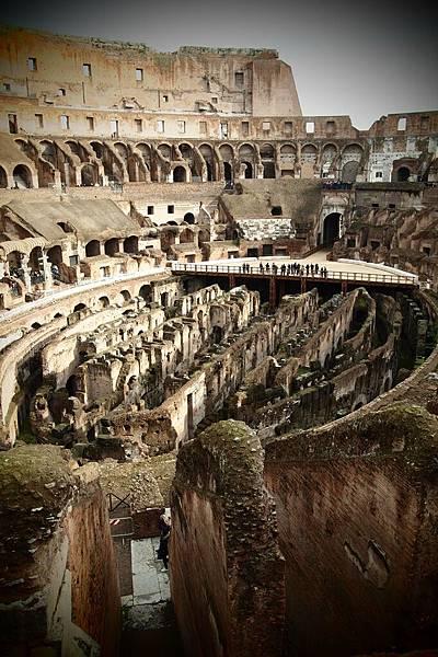 20121208-031. 羅馬競技場