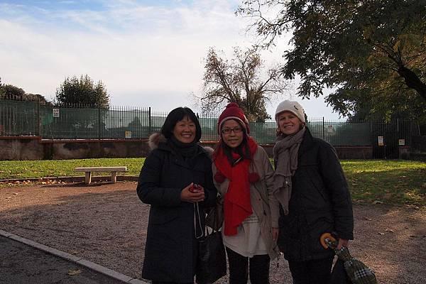 20121208-037. 羅馬導遊