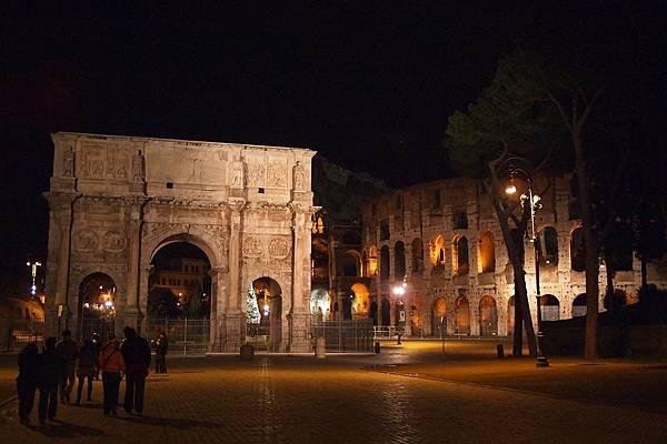 20121208-048. 羅馬鬥獸場夜景