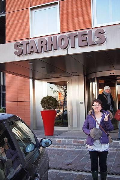 20121211-007. 佛羅倫斯下榻飯店