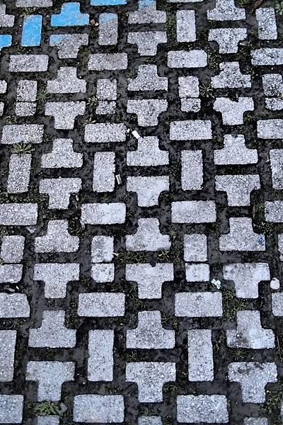 20121211-038. 石子路