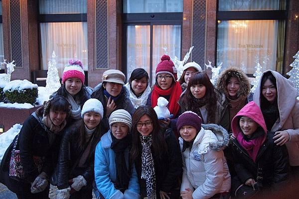 20121215-008. 女孩們