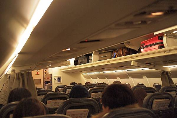 20121215-036. 小小的機場,小小的飛機