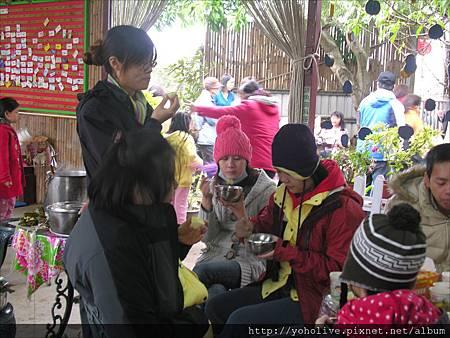 2011-12-11-12-44_88.jpg
