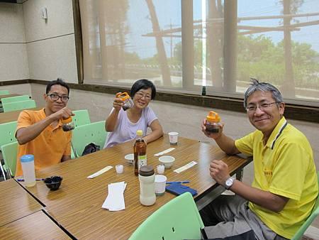 2013-08-09 125047山特教學生校外教學 (13).jpg