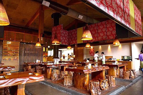 桐花村。氣氛佳的用餐環境