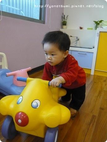 包子東喜歡這飛機