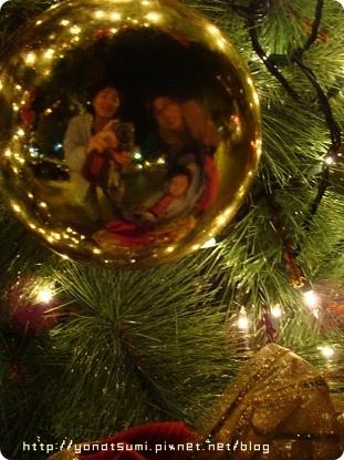 一家三口祝大家聖誕快樂
