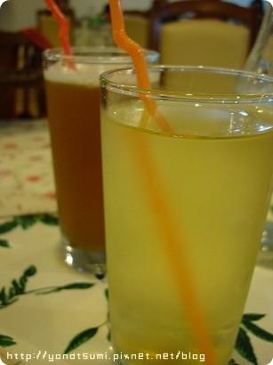 很檸檬的檸檬紅茶和蜜茶