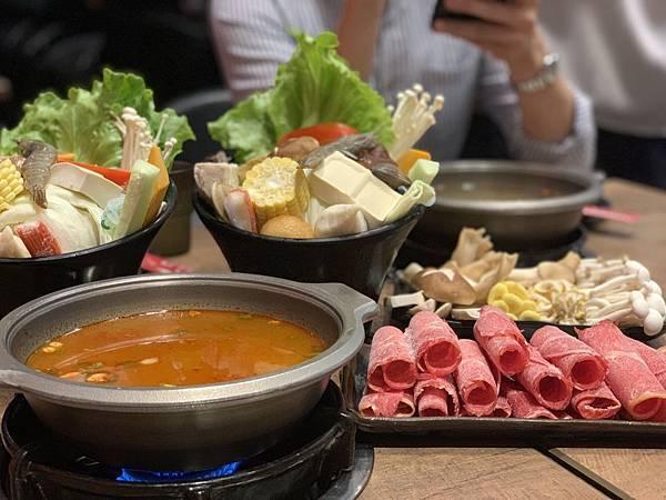 西門町小火鍋美食推薦「飛天麻辣個人鍋物」.jpg
