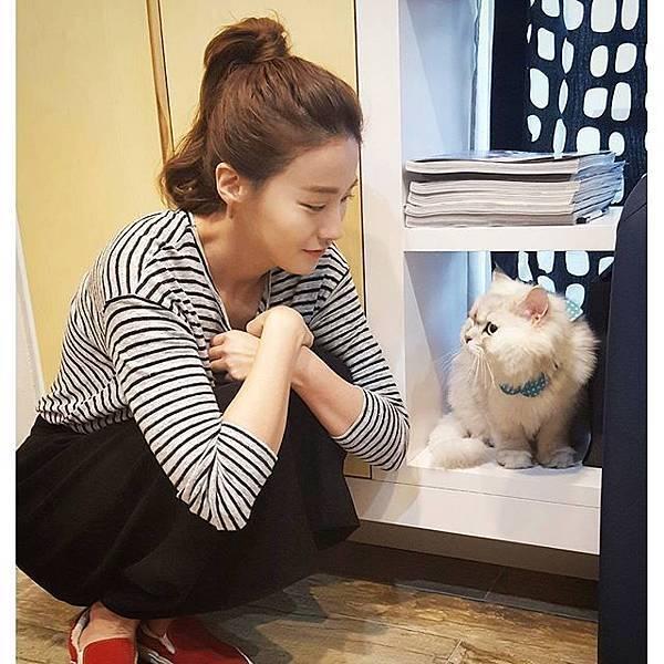 柳仁英유인영 instagram:country_min