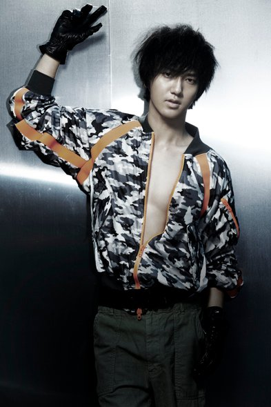 Mr. Simple ver.B YeSung 01.jpg