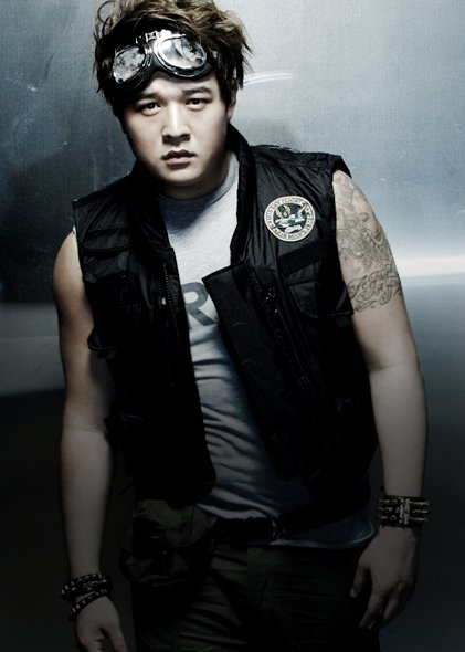 Mr. Simple ver.B ShinDong 01.jpg
