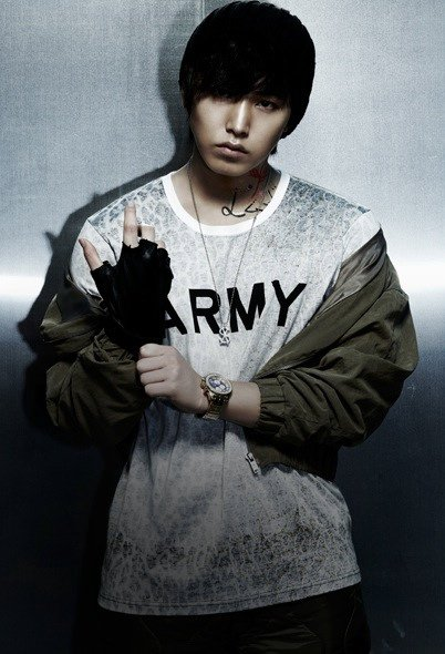 Mr. Simple ver.B SungMin 01.jpg