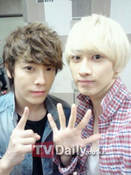 Super Junior成員東海和銀赫.jpg