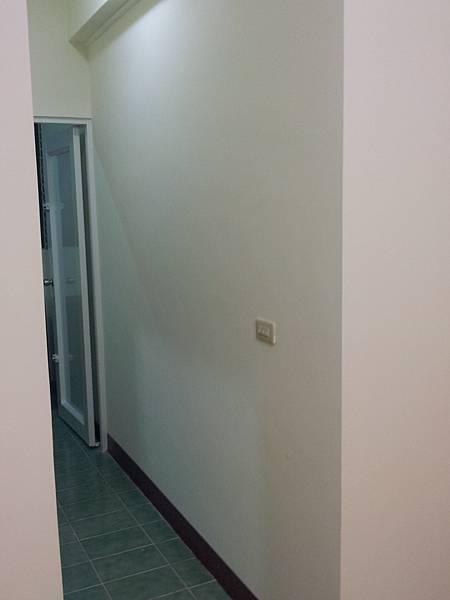 2A走道牆壁