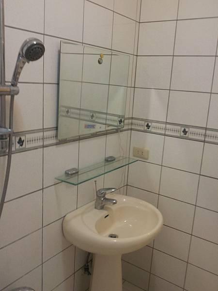 3B浴室洗臉台