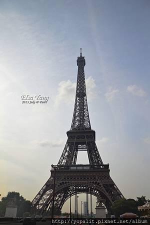paris_1000.jpg