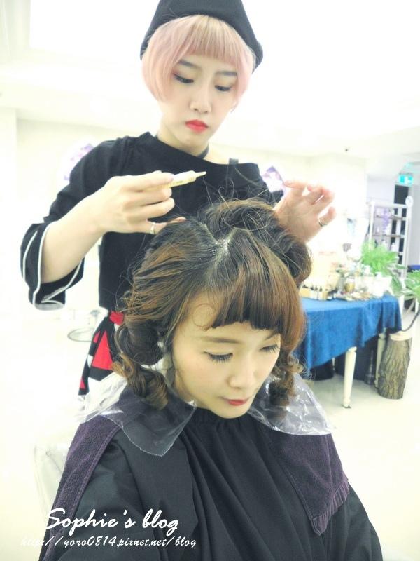 「美发」台中烫发染发╿春天浪漫空气感卷发╿打造韩国妞麻豆发型❤HAPPY HAIR 中港店