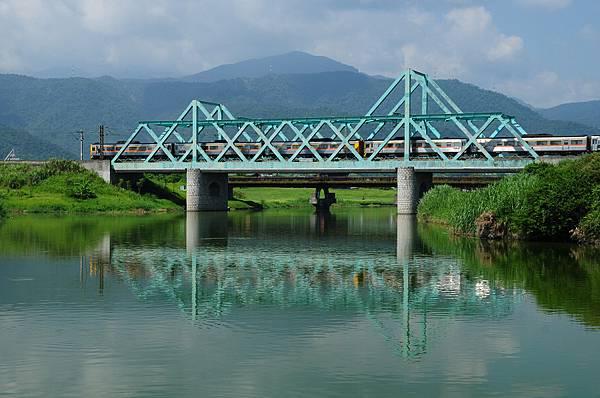 冬山火車2.jpg
