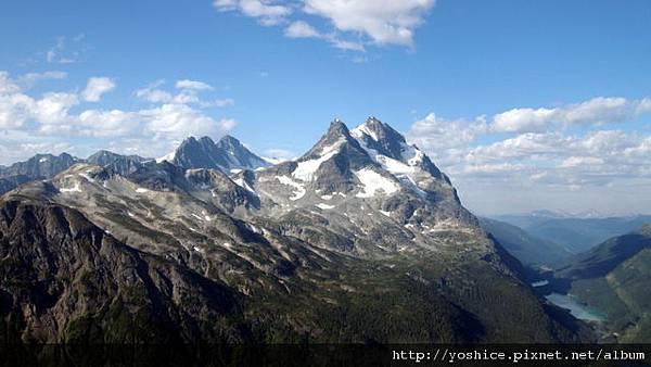 00230_mountainpeak_2560x1600.jpg