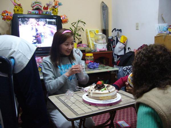 滿週歲生日2007.03.09