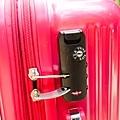 行李箱0-2.jpg