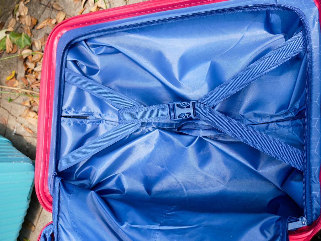 行李箱0-9.jpg