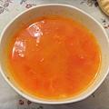 2011/02/21 蒜味紅蘿蔔蕃茄玉米湯