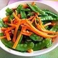 2010/02/09 紅蘿蔔炒豌豆