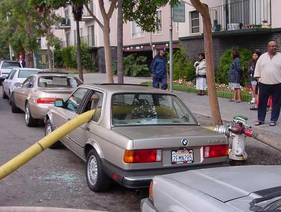 ★車子千萬別停在消防栓旁邊~