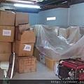 這些診療用品都是寄放在這處倉庫,等著下一次義診使用。