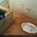 TK的衛生條件也和Taom不相上下。但至少還有廁所。