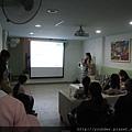 3M的小姐來做產品講解3.jpg