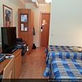 凱米住宿的飯店Cumulus Kemi Hotel的房間。設施比起東南亞真是差多了。2015.02.17-2.jpg