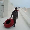 參觀芬蘭的冰雪城堡--外面有冰溜滑梯2015.02.17-5.jpg